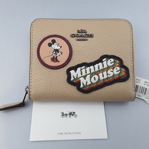New Coach Disney Wallet Minnie Mouse Tan Leather